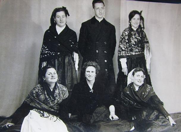 Nuestros-padres-y-abuelos-Villagaton-1.jpg