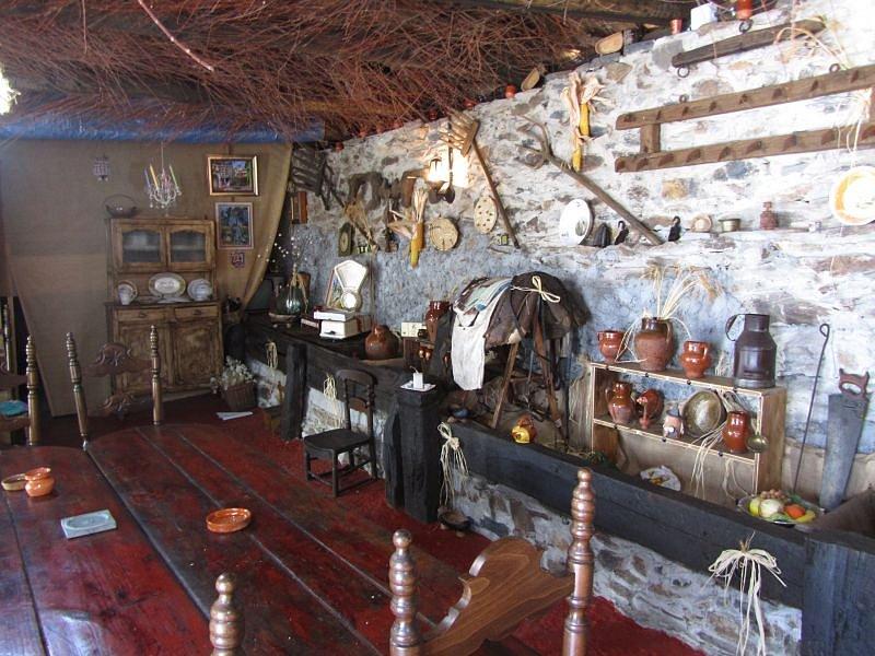 Museo-de-las-tradiciones-Villagaton-28829.jpg