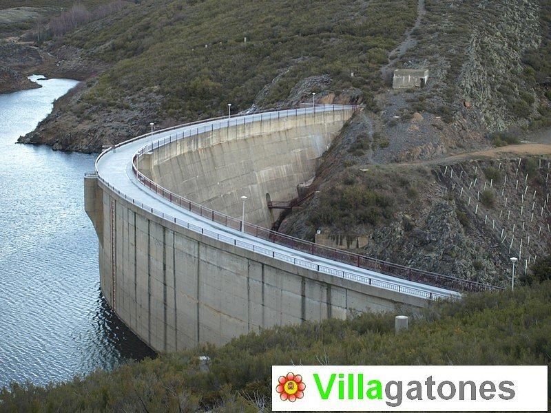 02pantano-Villagaton.jpg